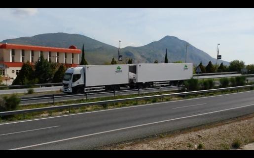 El transporte especial recurrirá contra los megacamiones por considerar un agravio comparativo la ordenación de los megacamiones frente al transporte especial.